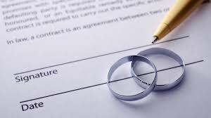 Miért érdemes házassági szerződést kötni? Hitelezők ellen véd-e a házassági szerződés?