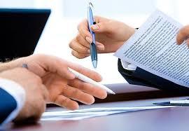 Szerződések készítése és véleményezése