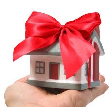 Mikor illetékmentes az ingatlan átruházása?